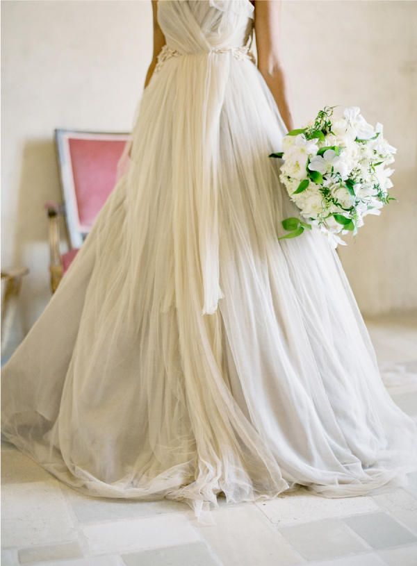 One of the first dresses I pinned, even before I was engaged!  So devine.