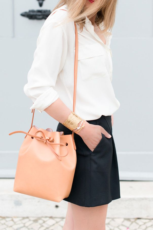 Bucket bag.  So easy and carefree (although tricky for finding keys!)